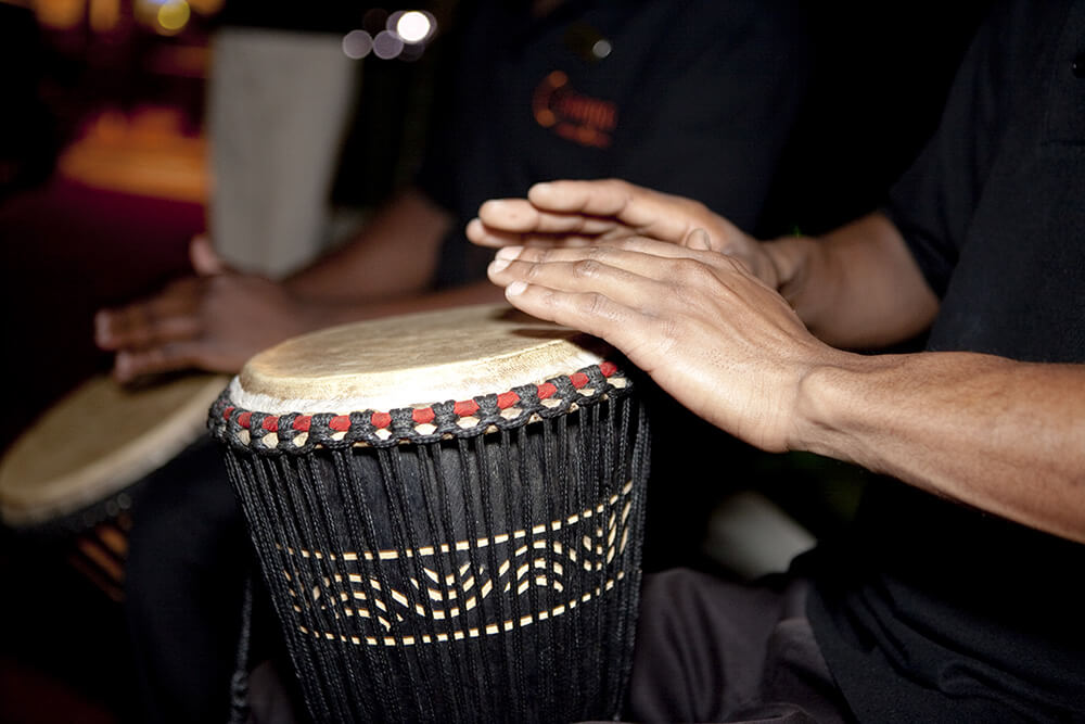 Court Classique_Welcome Drumming